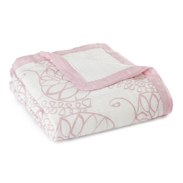 Aden + Anais Tranquility Leafy Bamboo Dream Blanket