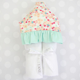 Mint_and_Mini_Flower_Hooded_Towel