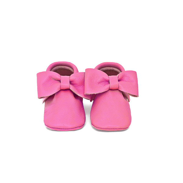 Coral Pear Bow Moccasins