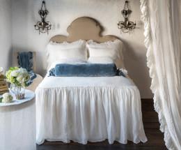 linen-whisper-bedspread