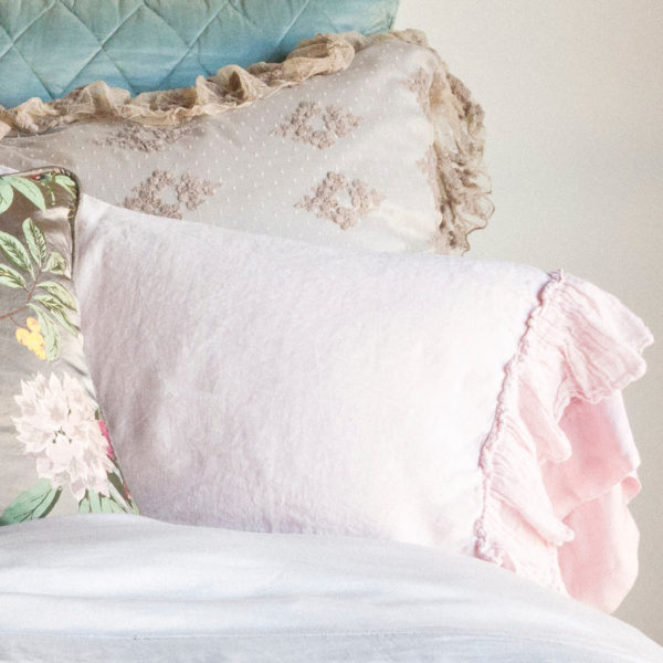 Linen Whisper Pillow1