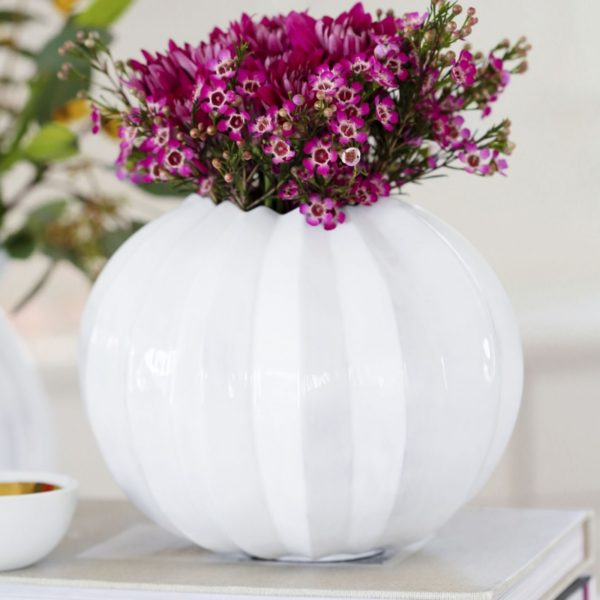 Round Pleated Vase1