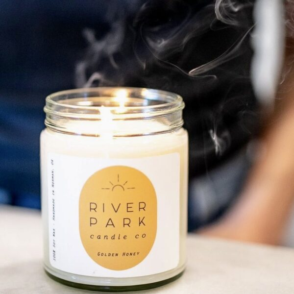 River Park Golden Honey Candle